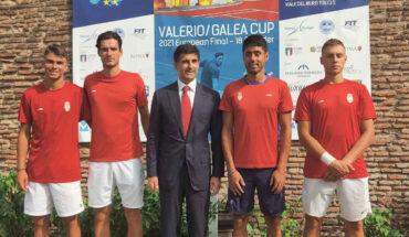 juniorska selekcija Srbije u Rimu sa ambasadorom Aleksicem2