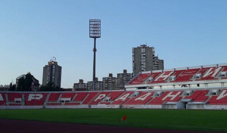16581 nis stadioncair fotoj.cosin f